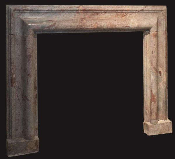 cheminée ancienne d'époque LXIV en marbre de Sarrancolin framboisé clair L 183 x H 151cm