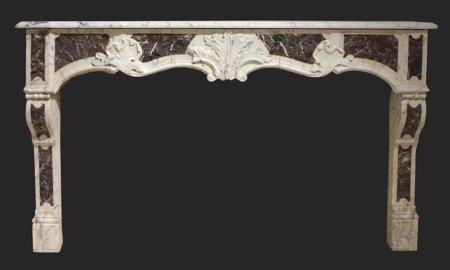 Cheminée ancienne d'époque L XV marbre blanc et levanteau L 172 x h 108 cm
