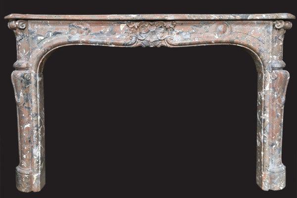cheminée ancienne d'époque L XV en marbre Royal L 171 x H 109 cm