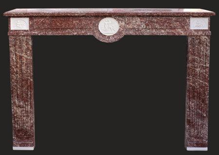 cheminée ancienne d'époque Directoire fin XVIII° en marbre rosé vif des Pyrénées L 149 x h 113 cm