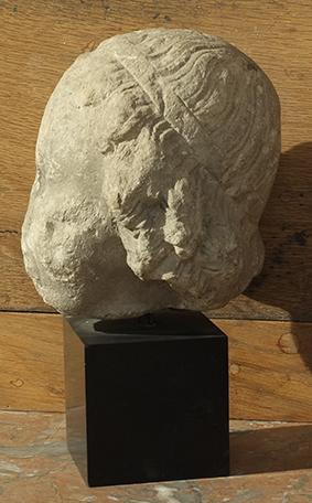 tête d'enfant coiffé H 19 cm + socle 9 cm